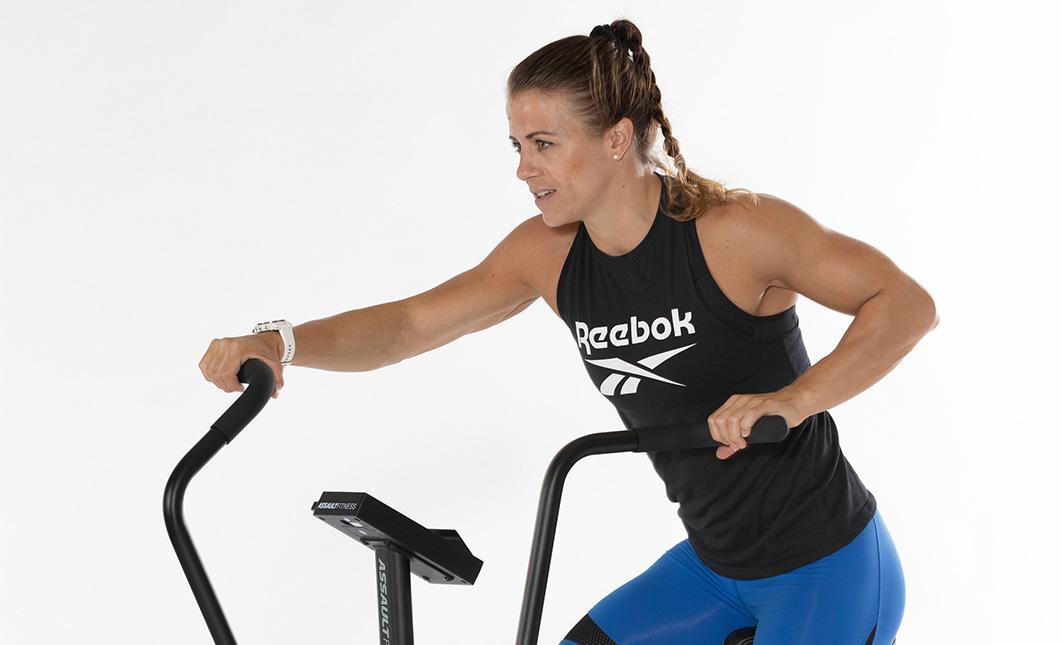 Kristin Holte trener med airbike classic