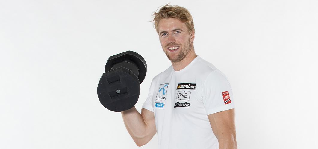 Alpinist Aleksander Aamodt Kilde trener med MX55