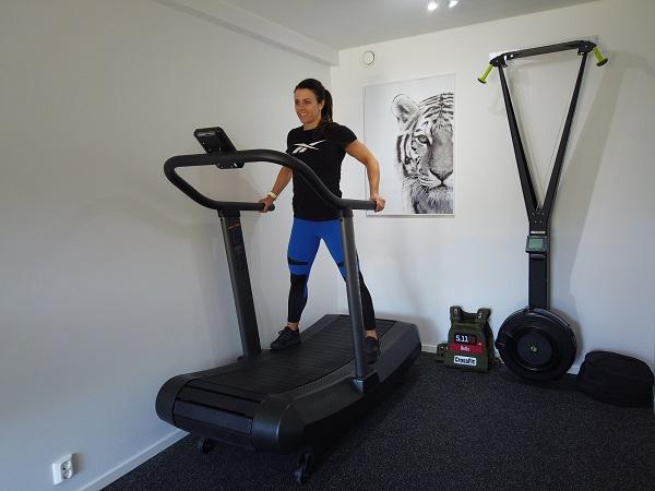 Kristin Holte Assault fitness Air Runner