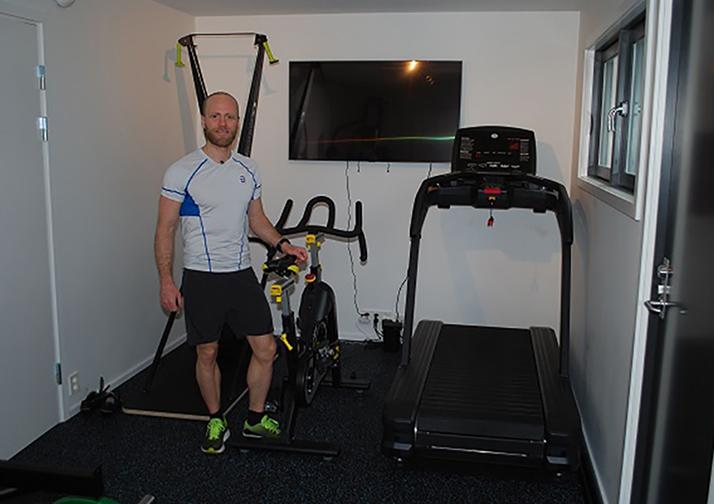 Martin Johnsrud Sundby treningsrom tredemølle