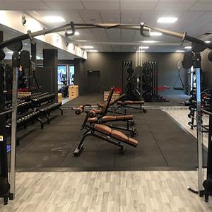 Cablecross og styrkeapparater påNr.1 Fitness Skien