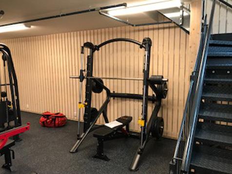 Odda VGS treningsrom med smith maskin