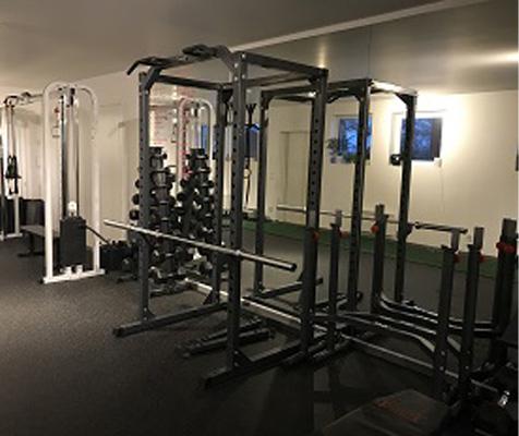SM Training Kirkenes treningssenter med powercage